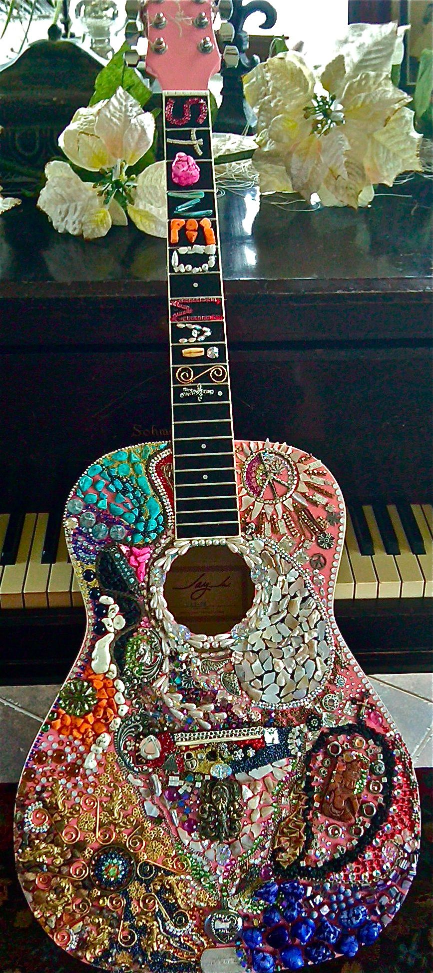 Custom Acoustic Guitar Filled With Little Treasures And Finds Natalie Sarabella Mosaic Art Guitar Painting Guitar Art Project