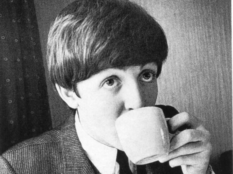 Paul Mccartney drink tea | People drinking coffee, Paul mccartney ...