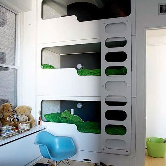 Modern Triple Bunk Bed Built In.