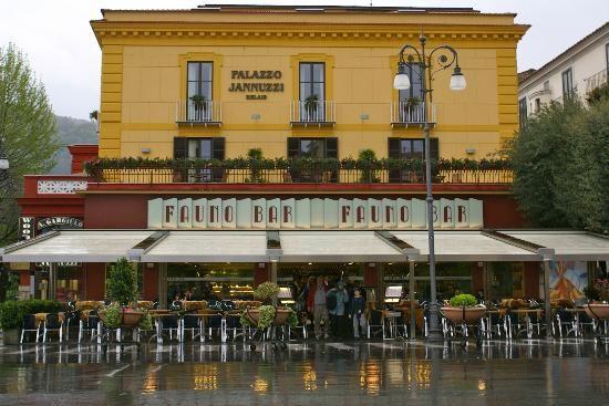 Image result for sorrento italy restaurants in piazzo tasso