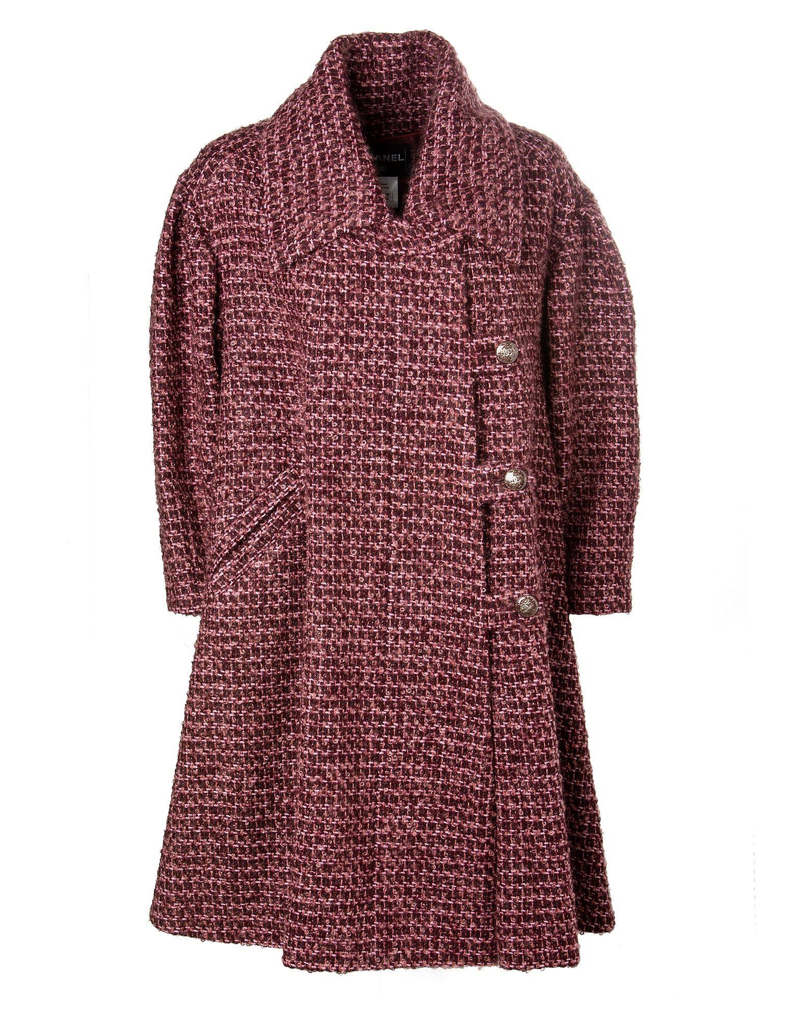 Tweed Mantel in 2018   Luxury Wanted !!   Chanel, Tweed und Luxury 8ed4c894ba