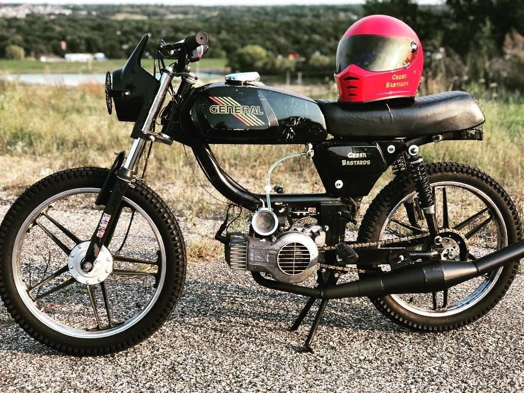 MOPED OF THE DAY | Vintage Mopeds | Vespa moped, Vintage