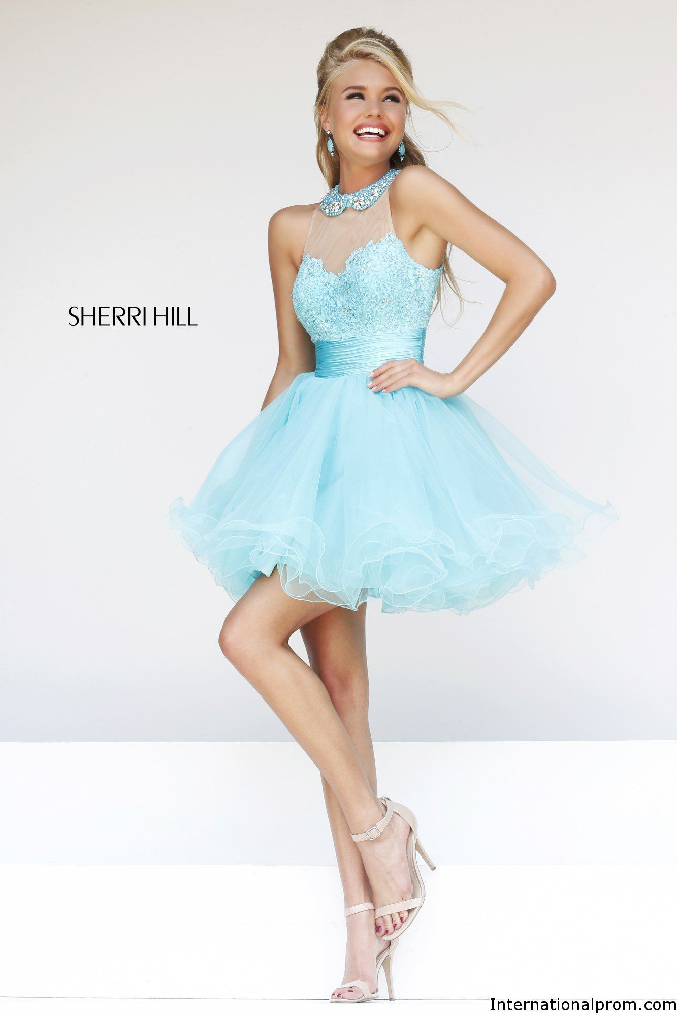 Love the short ball gown with peter pan collar Sherri Hill 21227 ...