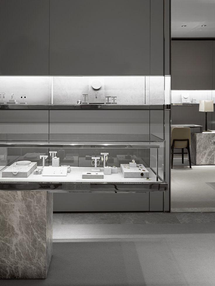 Jewelry shop design retail stores jewellery display in - Interior decorator near me ...