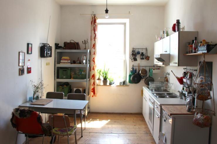 Kuche In Wundervoller 1 Zimmer Whg Hinter Der Burg In Nurnberg Garten H D Wohnung Kuche Haus Kuchen Und 1 Zimmer Wohnung