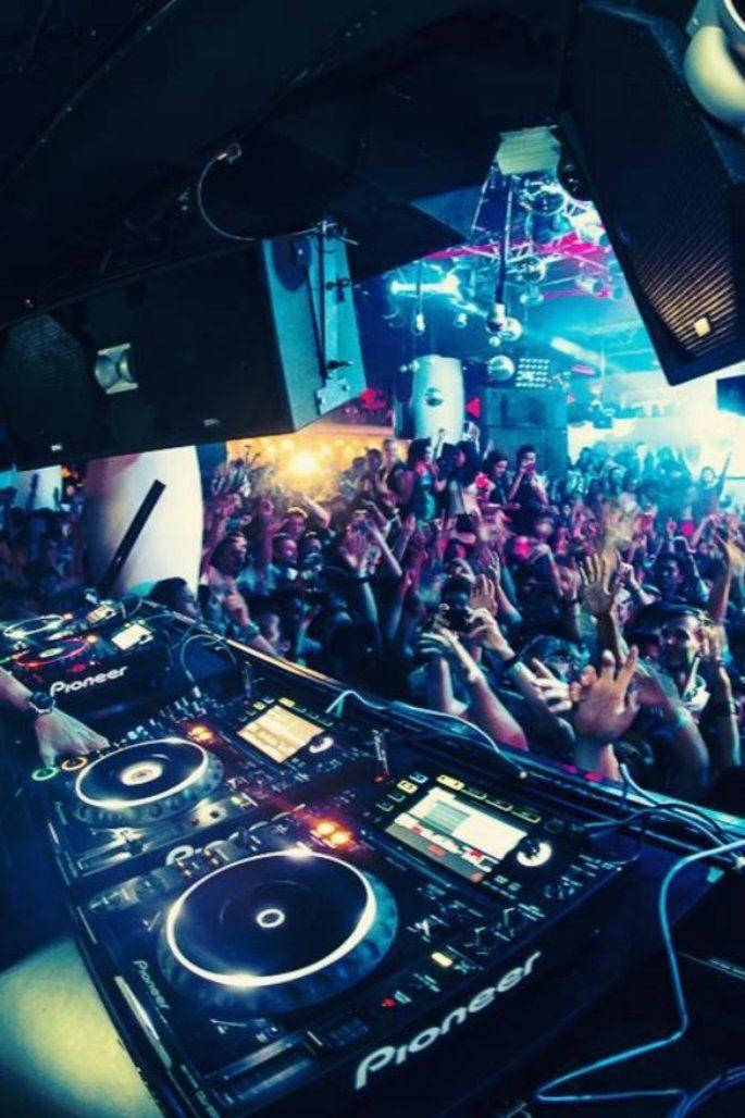 Los 14 mejores DJ's para tu boda en la Ciudad de México: Animación, ritmo y la mejor mezcla de sonido