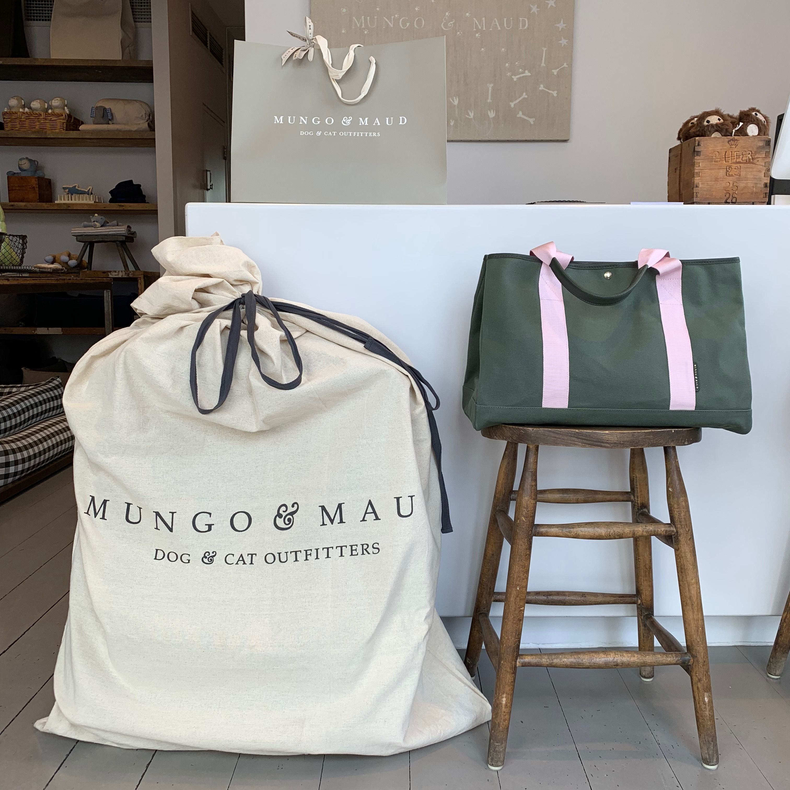 Mungo Maud Shop In The Heart Of Belgravia London Dog Friends Dog Cat Dogs