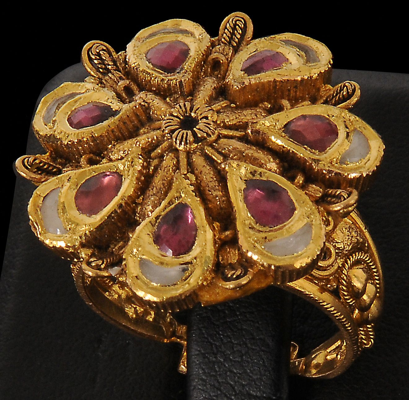 antique-gold-jewellery-designs-343 | Jewelery / Juwelen / Takı 2 ...