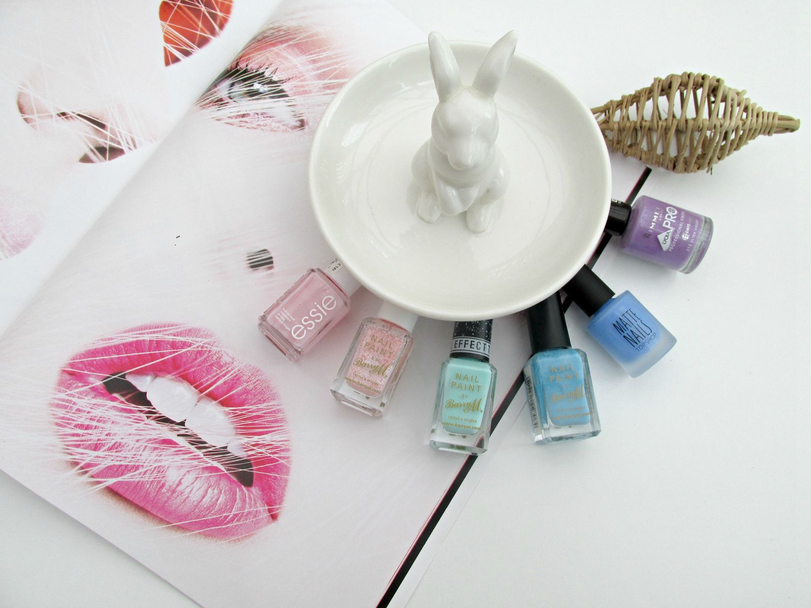 My pick of Pastel Nail Polishes!   Visit: http://lisablog18.blogspot.co.uk/2015/03/heading-for-spring.html