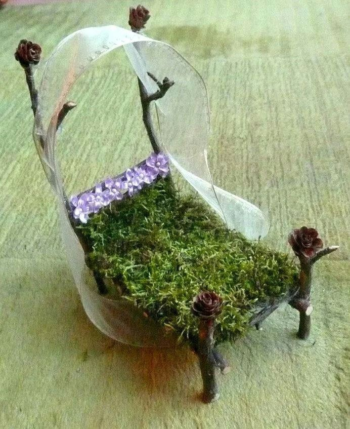 Fairy garden houses & Fairy miniatures. Canopy bed | Miniatures | Pinterest | Fairy ...