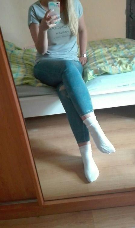 Sexy Girl In White Socks, Mirror Selfie Socks Girl  -3787