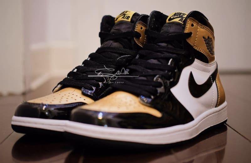buy popular 84c4f 14282 Air Jordan 1 'Gold Toe' Black/Black-White-Metallic Gold ...