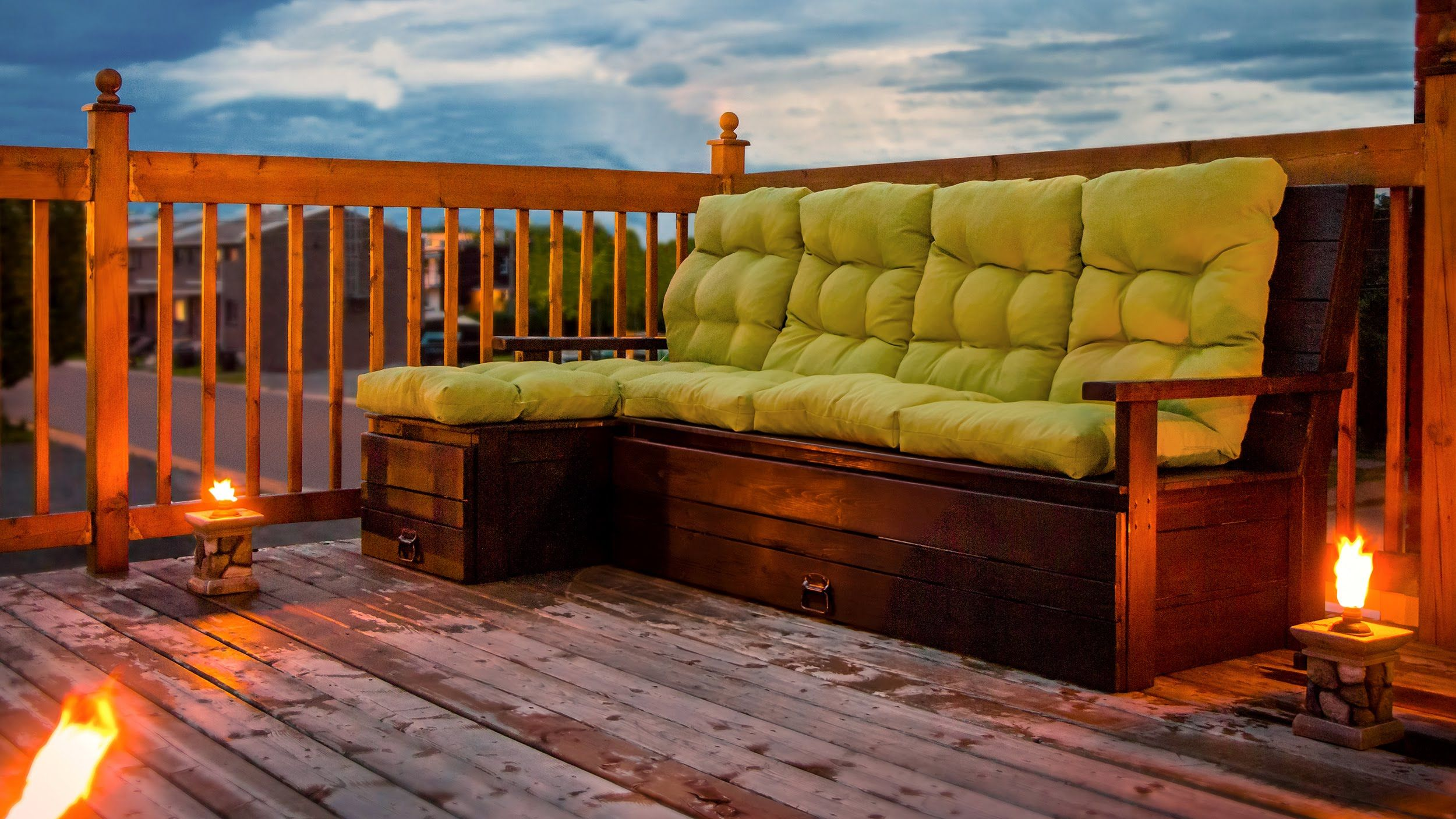 DIY Outdoor Wood sectional sofa with storage - Construction divan