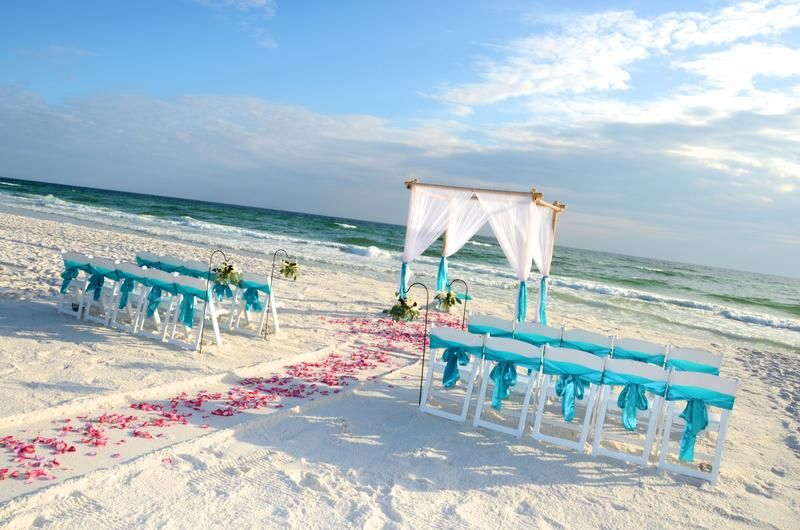 Beach Wedding Decor For Your Romantic Destin Beach Wedding