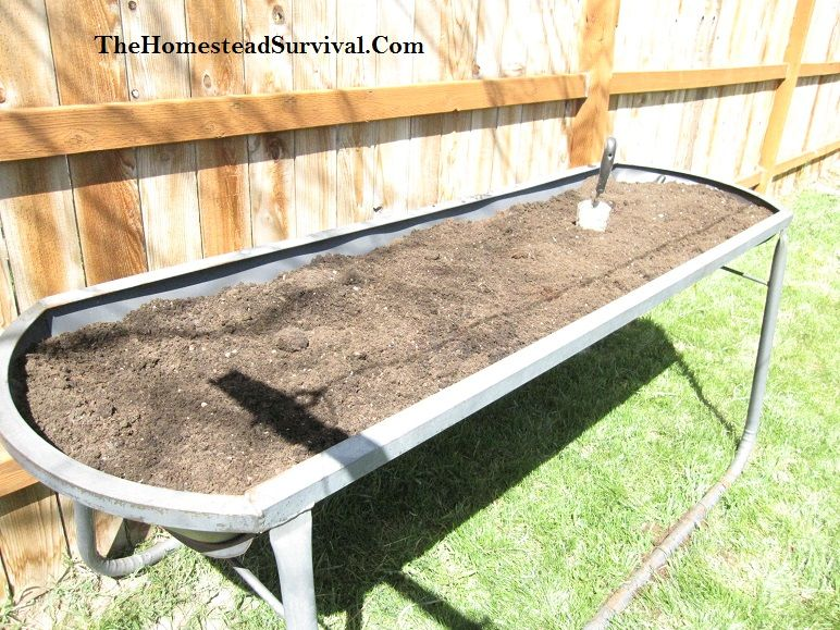 Garden Table For Senior or Disabled Gardeners Project