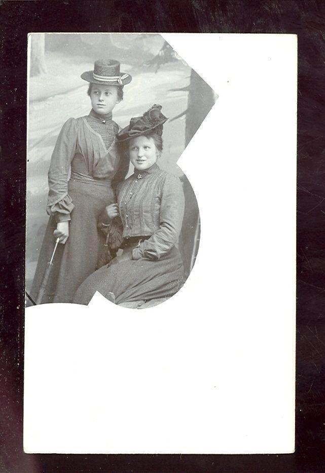 Köslin Zwei Frauen mit Hut Studioaufnahme 1900