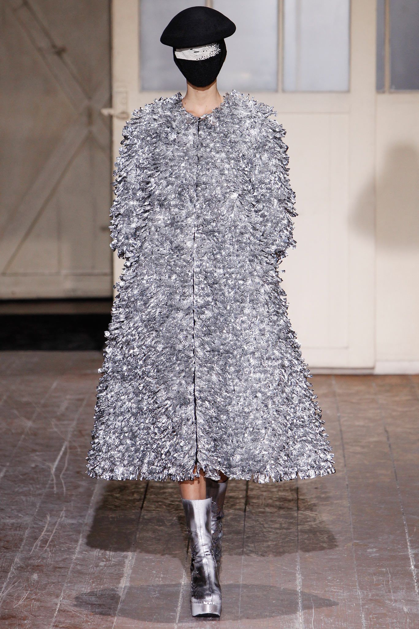 Maison Margiela - Spring 2013 Couture - Look 19 of 19
