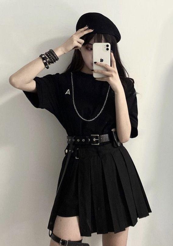 PokkaMoma - Elbow-Sleeve T-Shirt / Pleated Mini A-