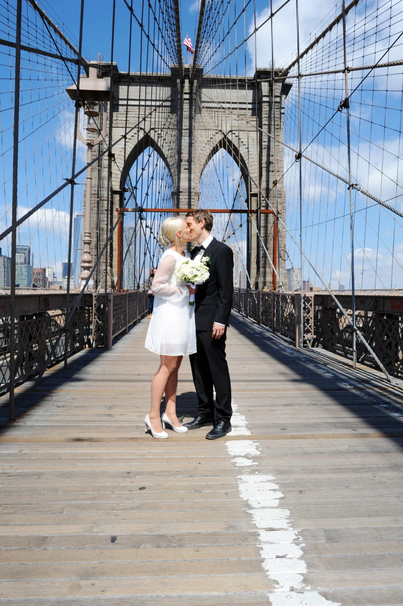 Wedding Officiant in NYC and the Hudson ValleyJudie L