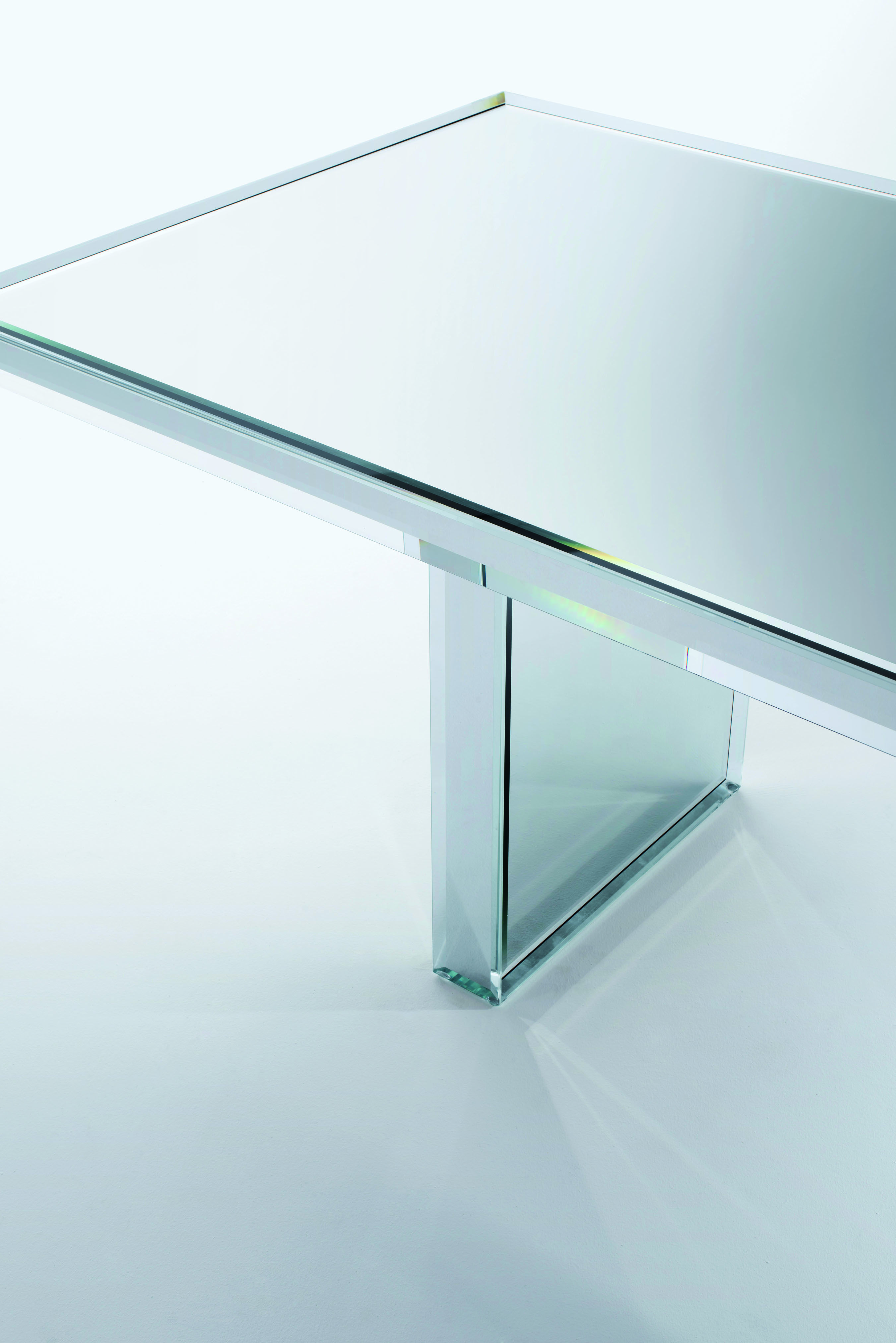 Prism Mirror Table Is A Remarkable Project Developed By The Tokyo