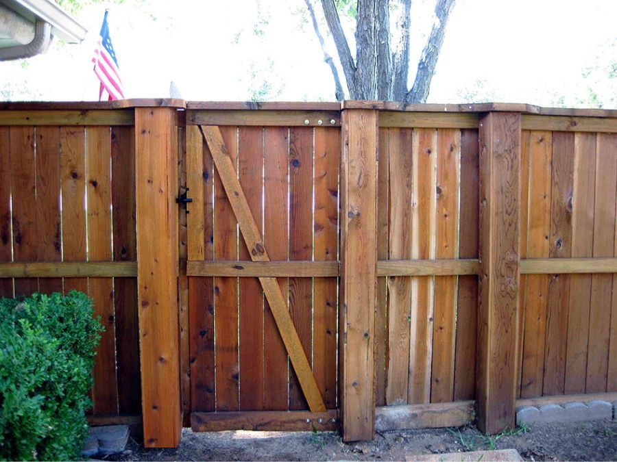Wood Fence With Metal Steel Posts Post Covers