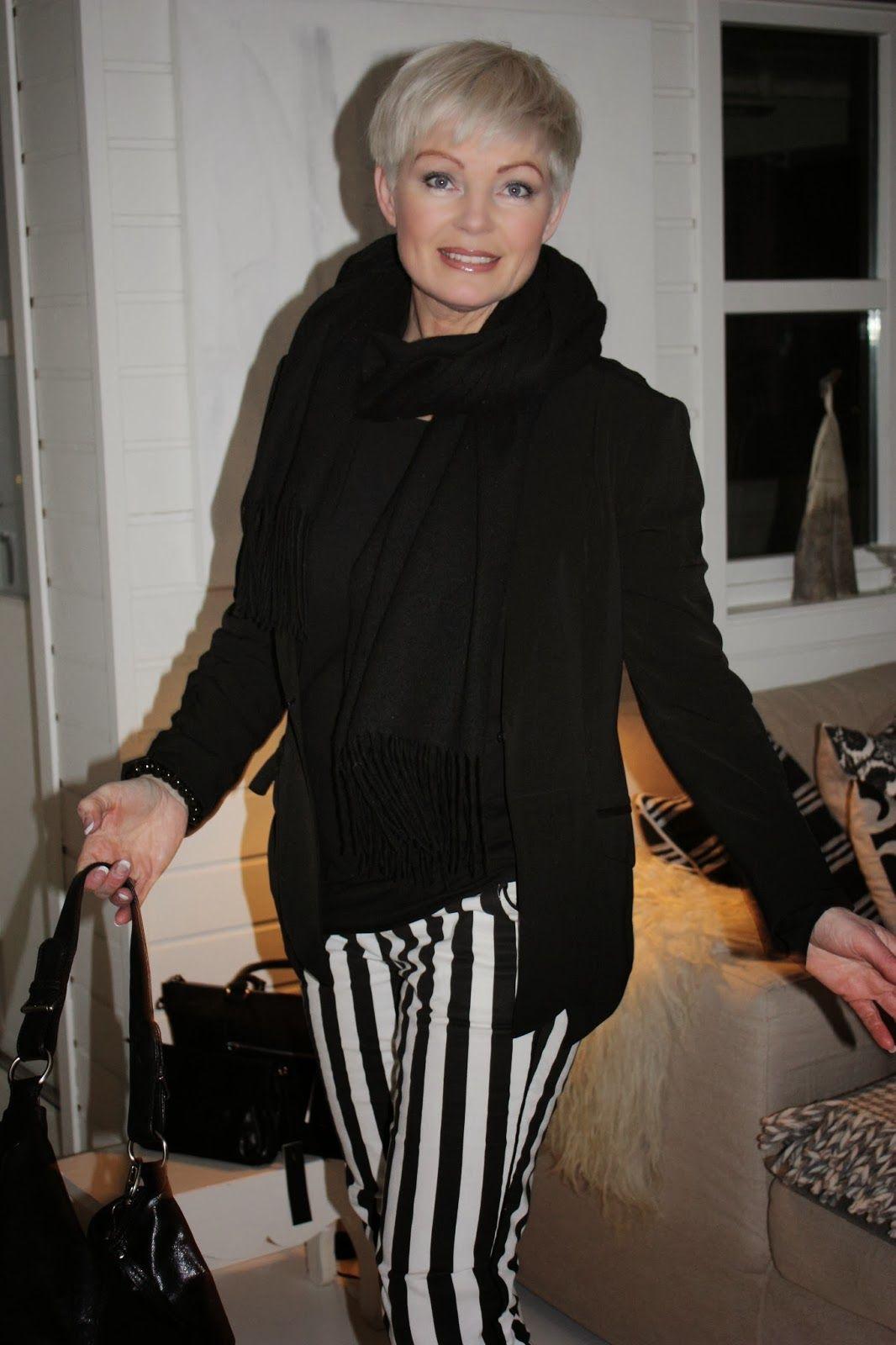 Mathildes Verden Stripes Fashion Love Short Hair