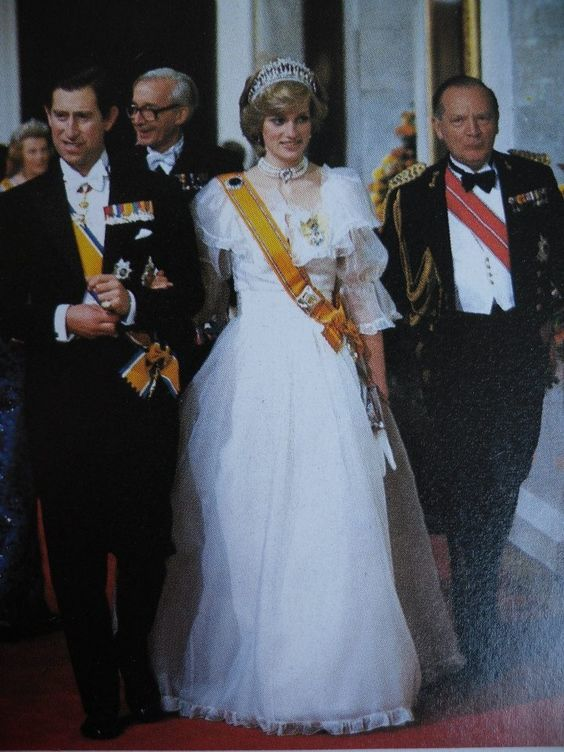 November 18, 1982: Princess Diana attends a banquet at Hampton Court Palace for Queen Beatrix of the Netherlands