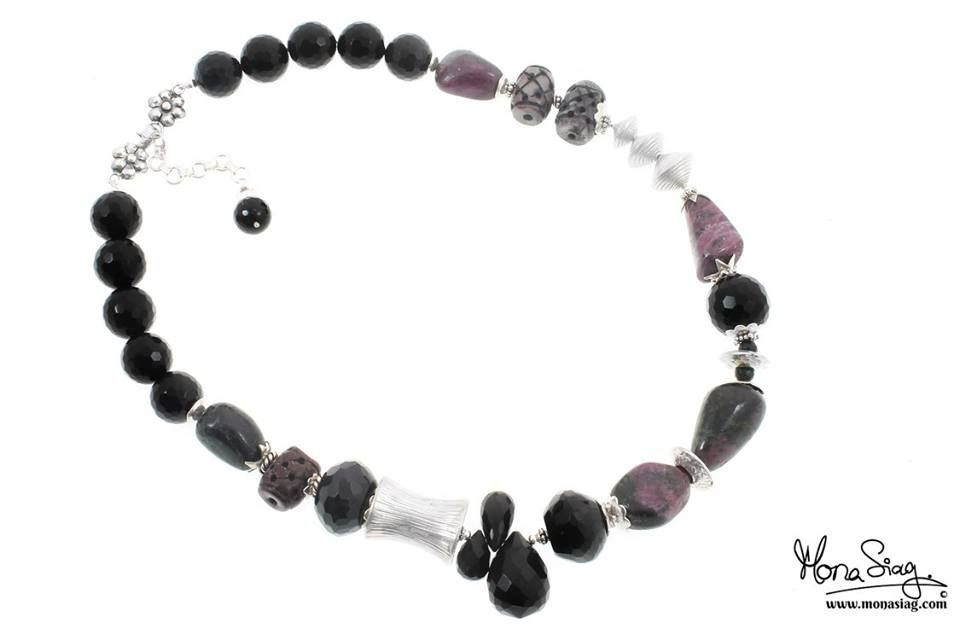 Black Onyx & Ruby Zoisite #Sterling_Silver_Necklace Code : MS05531 and Price : 3525 LE. goo.gl/Byv3Sv