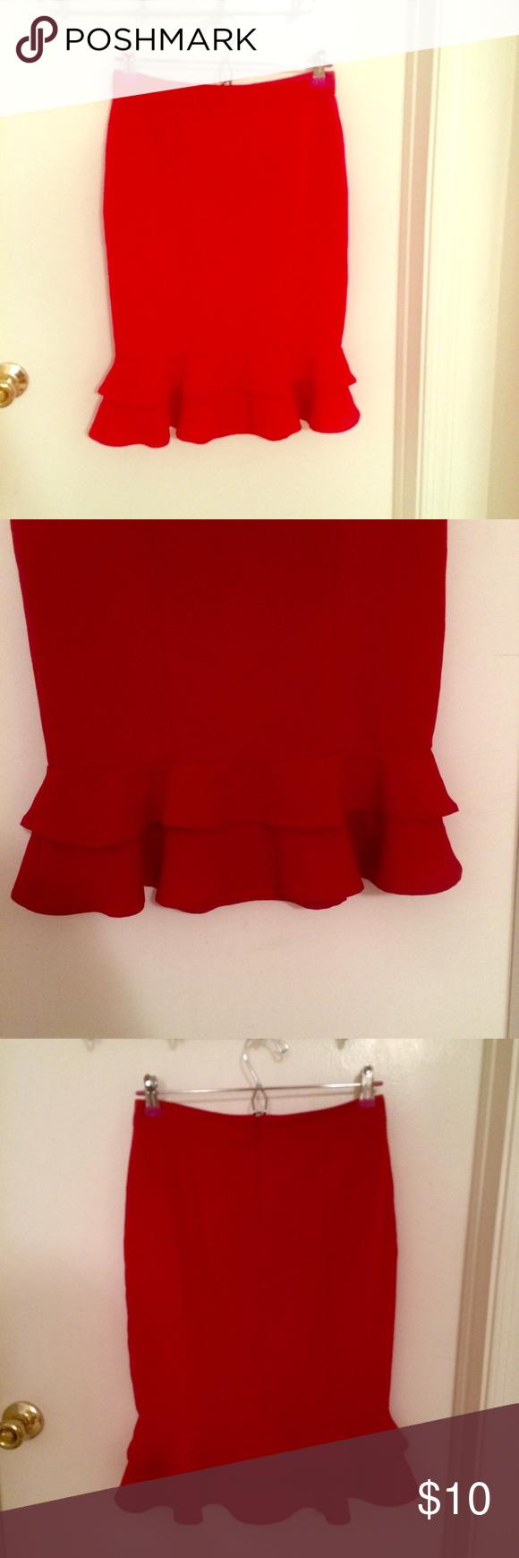 Red Forever 21 Ruffle Hem Skirt Size M Red Forever 21 Ruffle Hem Skirt Size M Forever 21 Skirts
