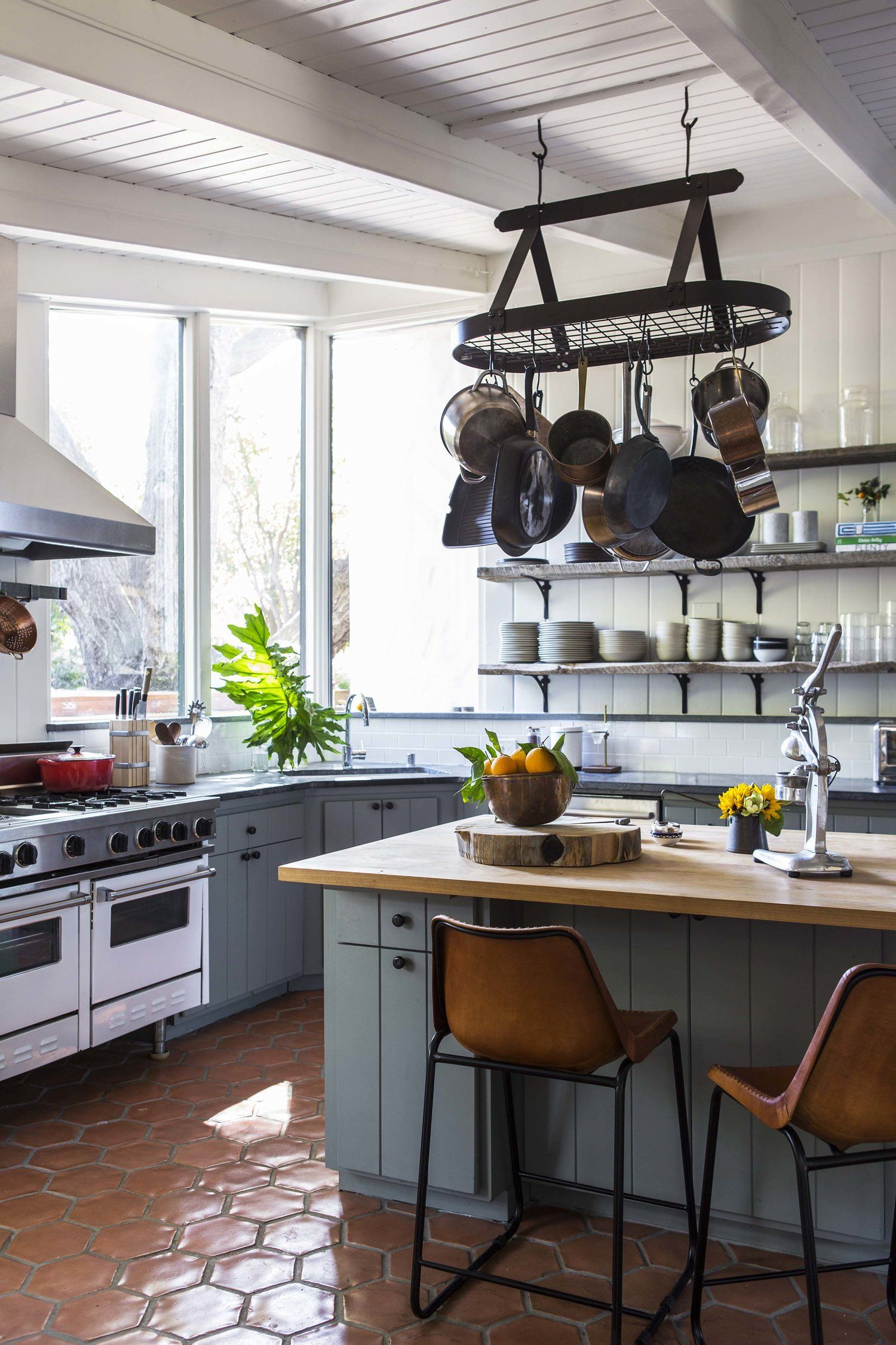 Reath Design Ojai Country House Kitchen inspirations