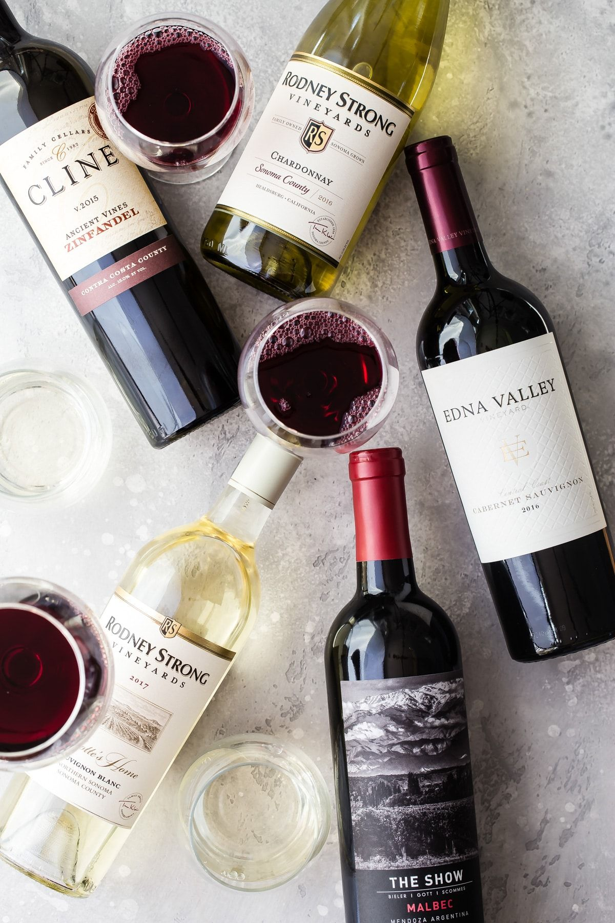 Check out my five awesome wine choices for the holidays! These are all under $15 and pair well with so many different foods! #wine #holidays