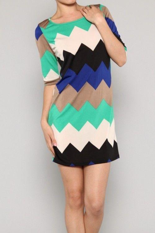 $39.99 Womens Small Medium or Large Dress * NEW * Chevron Pattern * CUTE ~~~~~~~~`