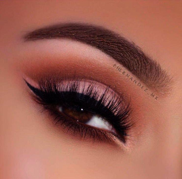 Makeup tips close set eyes their makeup brush ebay before