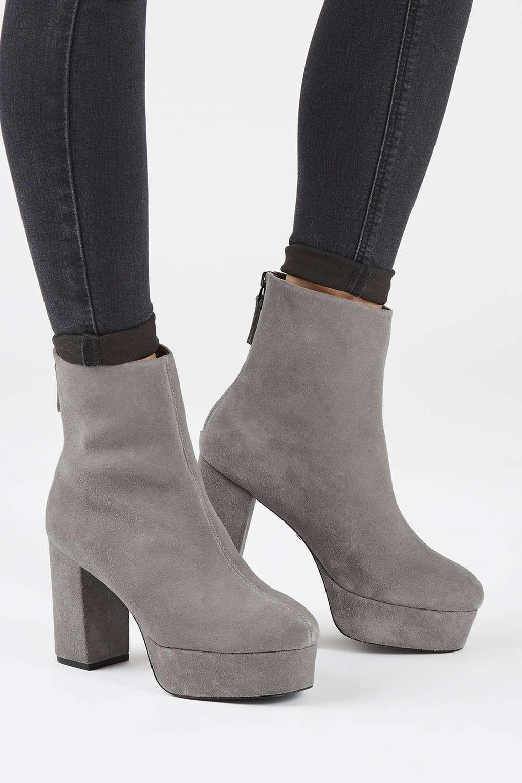 efdf6df48d32 Carousel Image 1 Shoe Boots