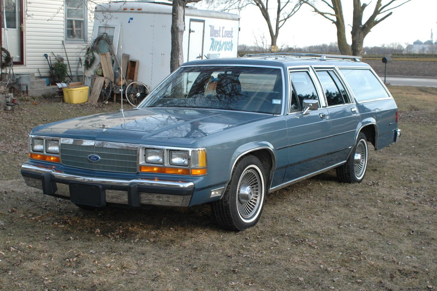 ford crown victoria wagon 9 passenger wagon ford ltd station wagon ford crown victoria wagon 9 passenger