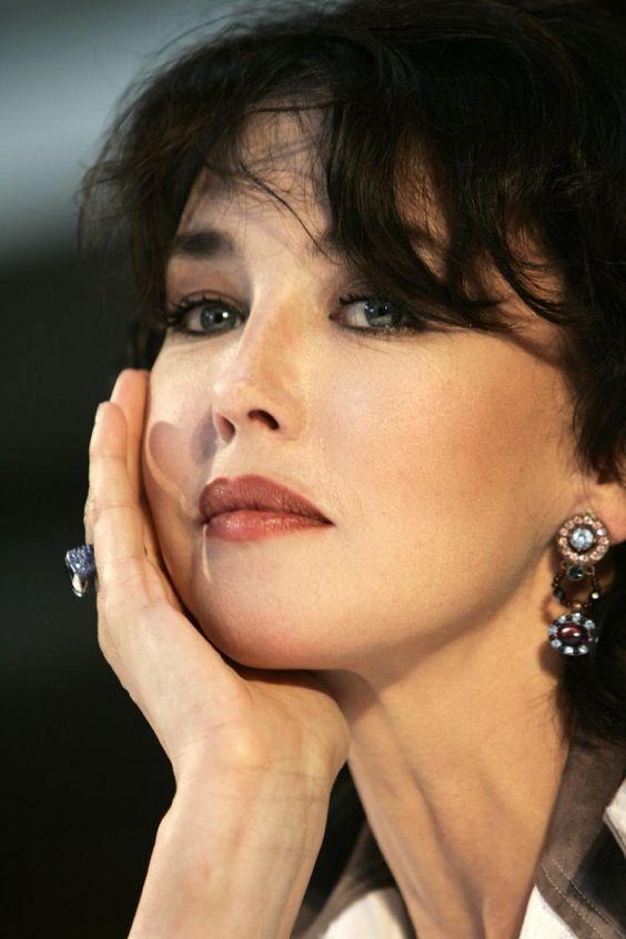 было французские актрисы фото и имена список листал здесь