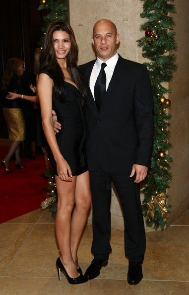 Vin Diesel Acts In Furious 7 That Will Be Released In April 14 2017 In America And China Black Celebrity Couples Vin Diesel Wife Hollywood Couples