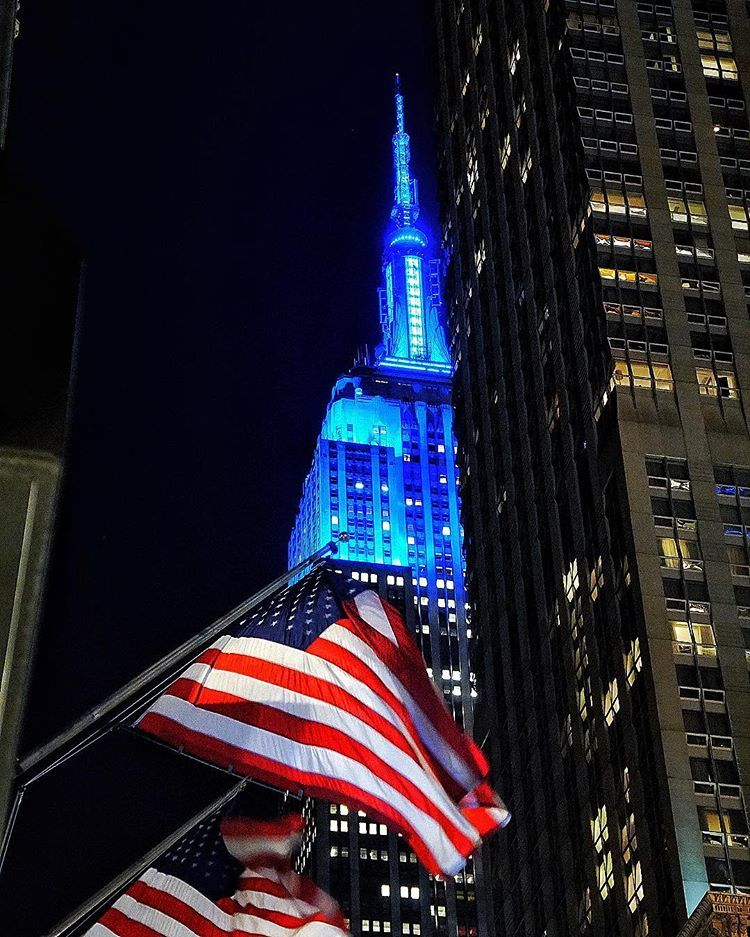 American Flag Along Madison Avenue In New York City With The Empire State Building In The B City Travel Photography New York City Travel Washington Square Park