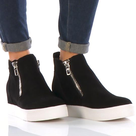 Plus Size Wedge Sneakers Comfort Round Toe Hidden Wedges