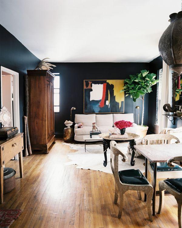 Living Room : Elegant Homey Large Living Room Black Bold Wall Paint Color  Corner Tree Two Floor Lamp Wood Wardrobe Wood Floor Laminate Round Coffee  Table ...