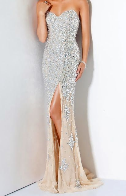 Now we are telling about the latest heartbeat prom dresses ...