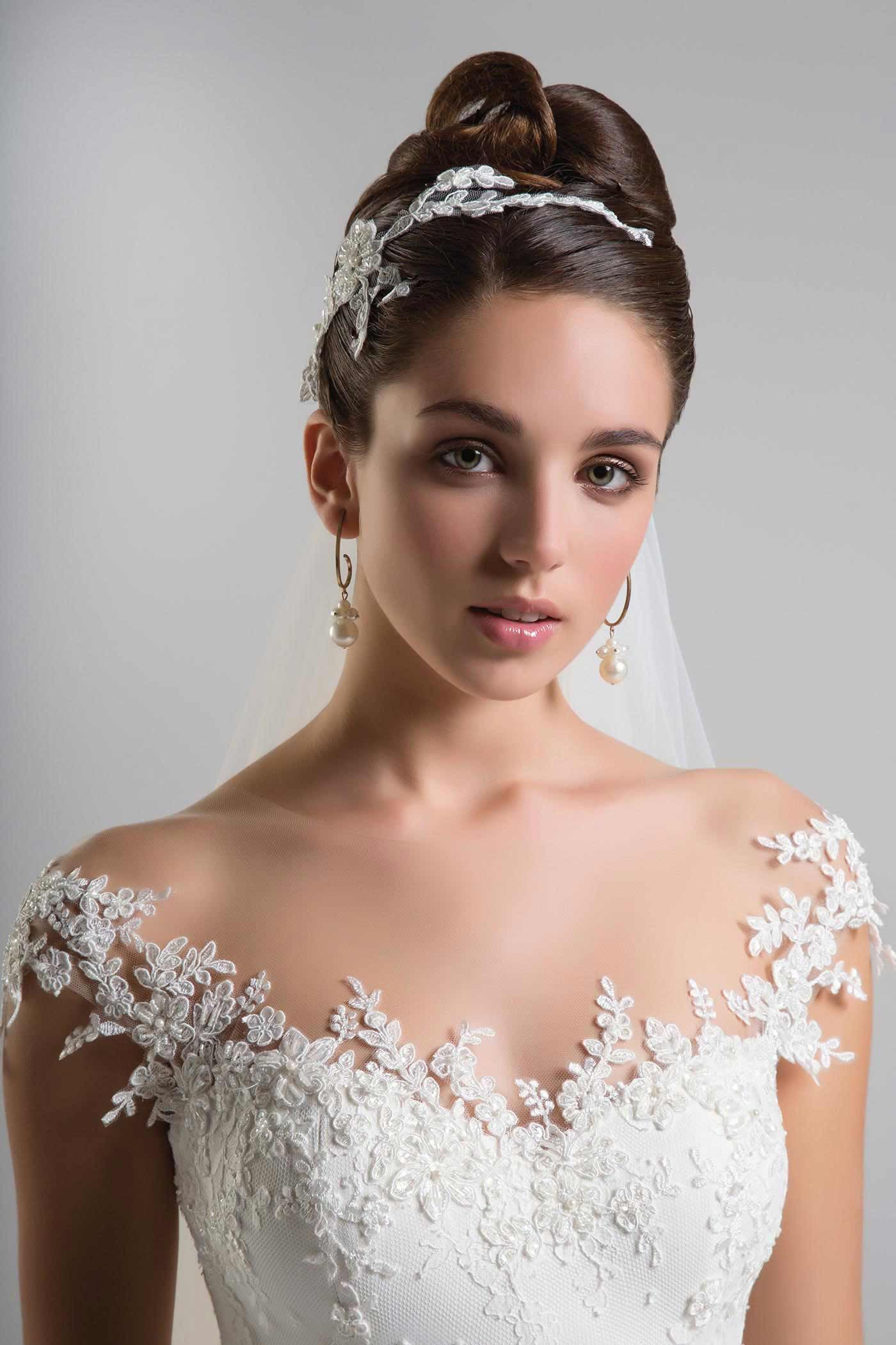 Anna tumas exclusive to mode bridal in the uk style cr silk