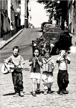 Boys Band 1, Montmartre, Paris, 1999 Bruno DE HOGUES