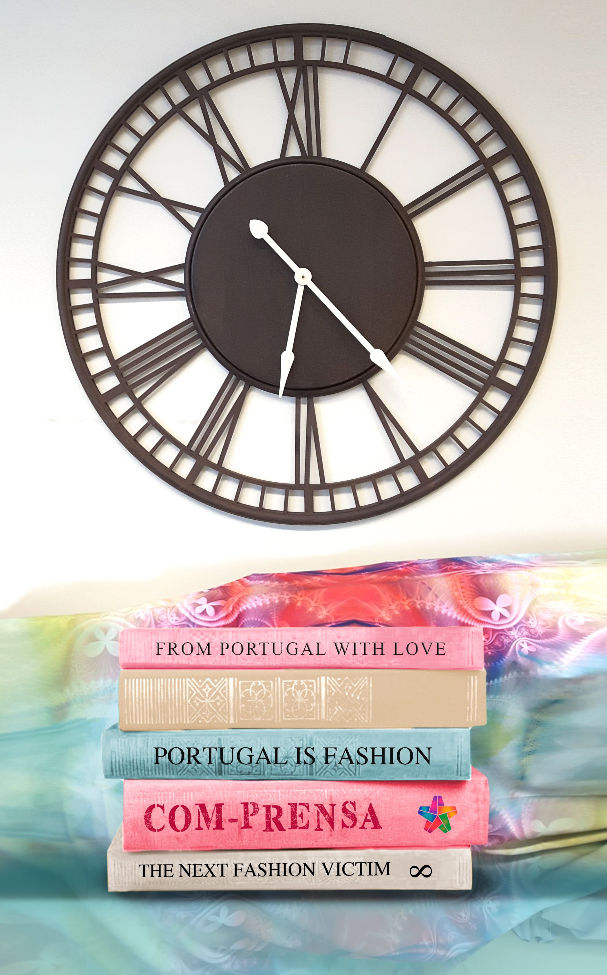 #bomdia #goodmorning #goodmorningwold #comprensa #fashion #fashionoftheday #fashionart #books #color #colorfull #textil #work #pink #green #photography #photooftheday #imageofday #fabric #showroom #watch #clock #portugal #barcelos