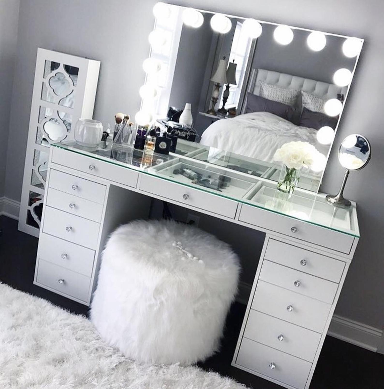 Hollywood Makeup Vanity Mirror With Lights Impressions Vanity Etsy Makeup Room Decor Diy Vanity Mirror White Makeup Vanity