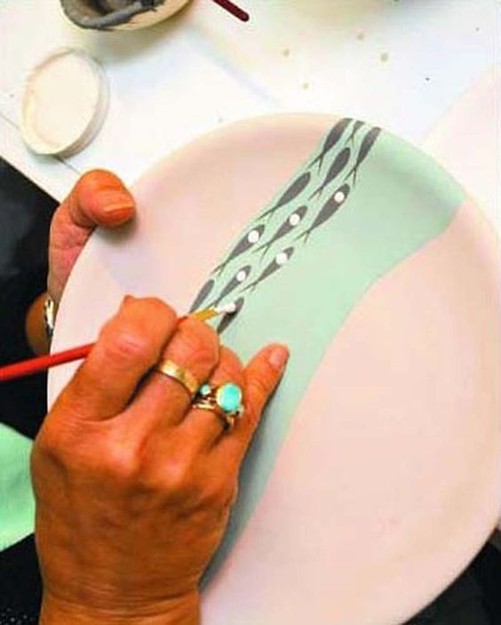 Pottery painting fan on #paintyourownpottery