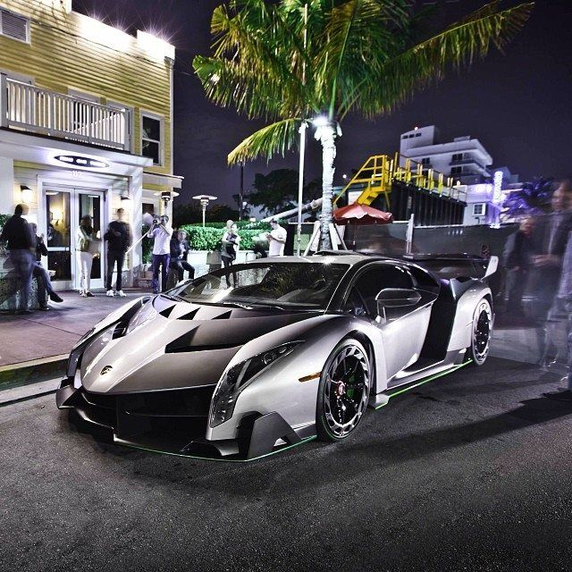 The Second Of Three Lamborghini Veneno S Is Now In South Beach Florida This Coolest Car World Hit Link To Watch