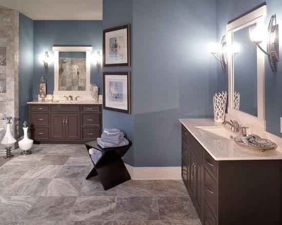 Bathroom blue brown bathroom design pictures remodel for Blue brown bathroom decor