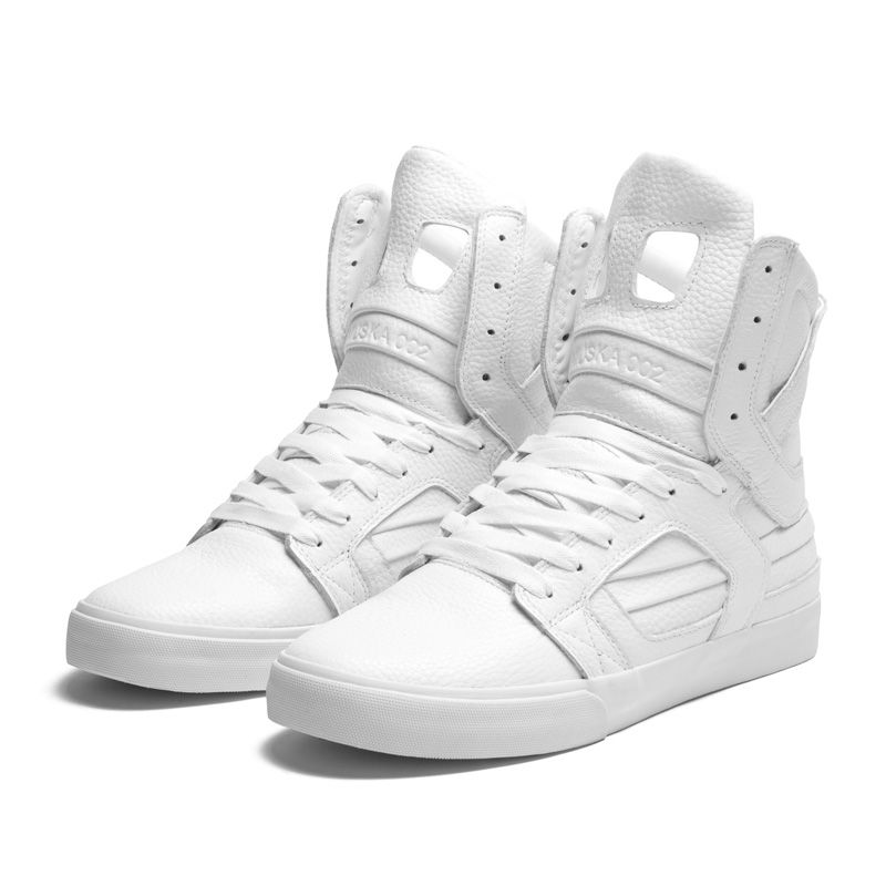 SKYTOP II WHITE - WHITE fuckin duh, with camo jeans, fur coat and hot