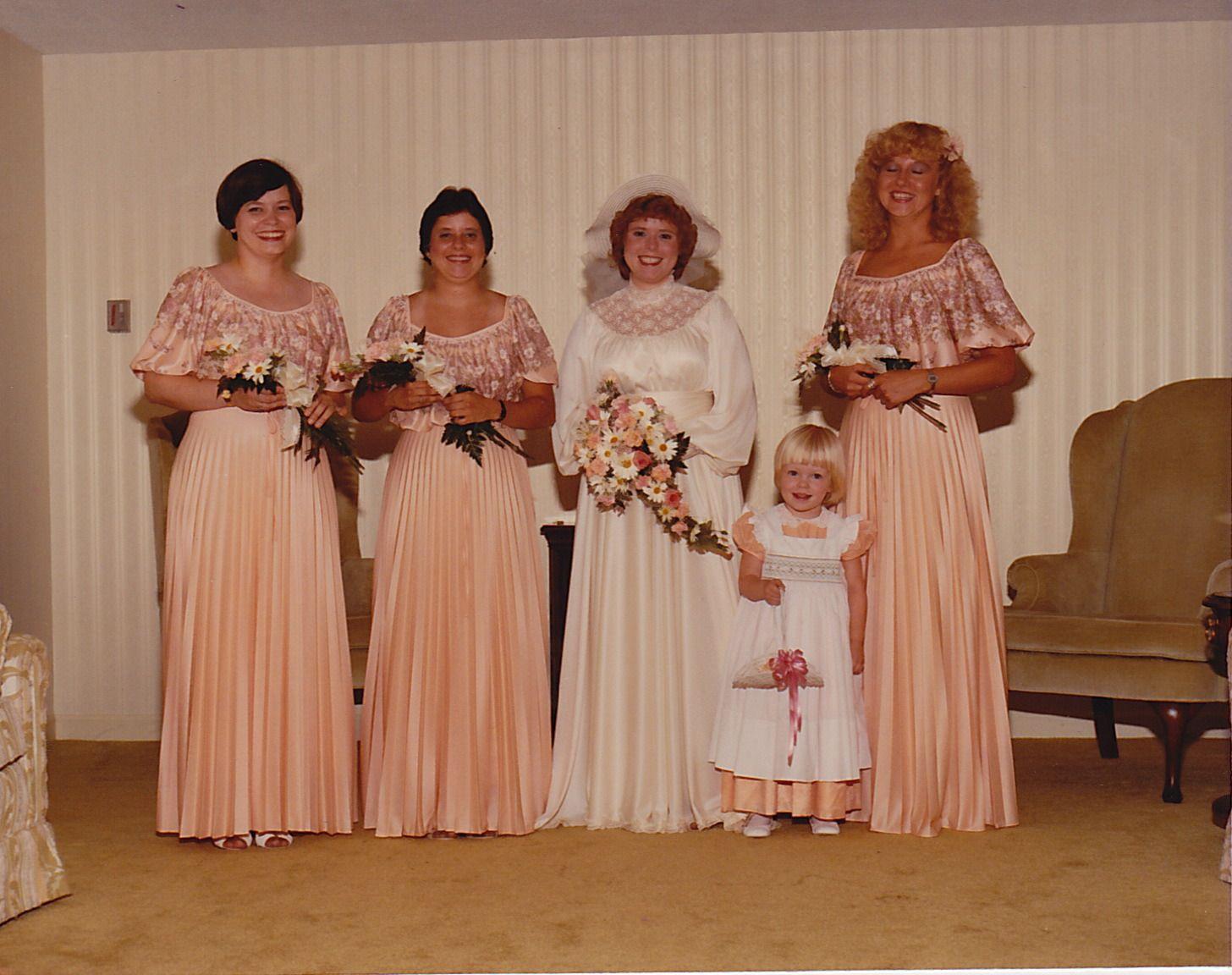 Pin by dora luz razo on wedding dresses pinterest vintage vintage bridal ombrellifo Images